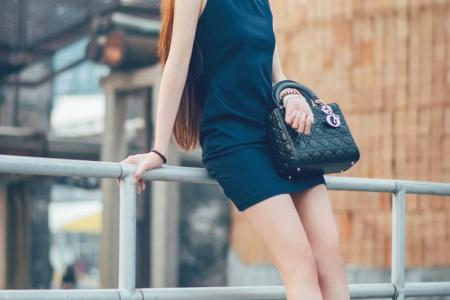 高挑迷人的美女唯美养眼街拍图片