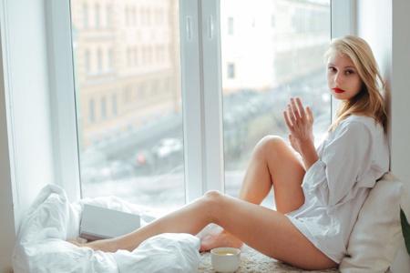 性感欧美美女气质写真桌面壁纸