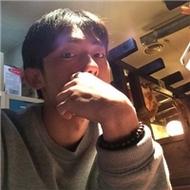 非主流孤单帅气的男生自拍qq头像图片
