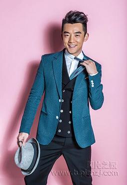 最帅的男明星郑恺复古西装魅力写真