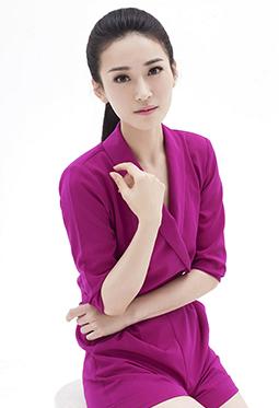 亚洲小姐明星董玥玫红套装写真图