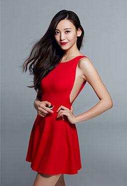 红衣美女明星尤靖茹魅惑写真图片