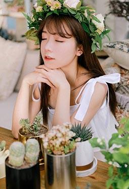 戴花环的清纯少女私房个人艺术唯美写真