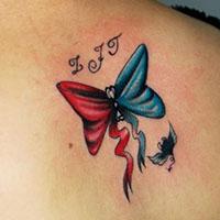 背部漂亮的蝴蝶结彩色纹身图案赏析
