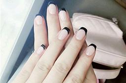 简单法式黑色指尖美甲图片赏析